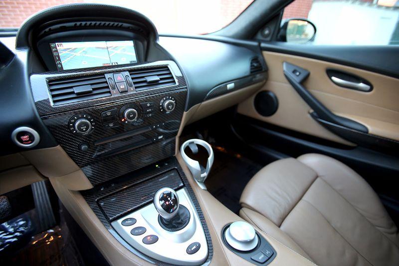 2007 BMW M Models M6 - Carbon Fiber interior - Head up display  city California  MDK International  in Los Angeles, California
