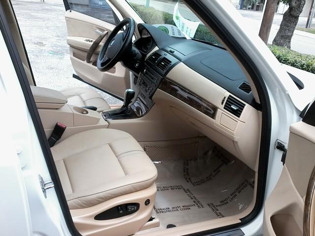 2007 BMW X3 3.0si AWD , PANO ROOF San Antonio, Texas 13