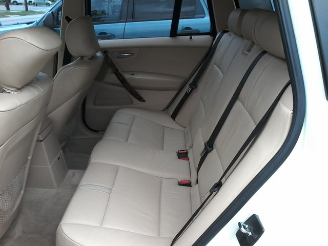 2007 BMW X3 3.0si AWD , PANO ROOF San Antonio, Texas 10