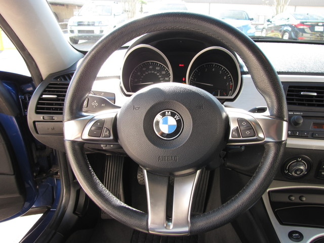 2007 BMW Z4 3.0si COUPE Jacksonville , FL 28