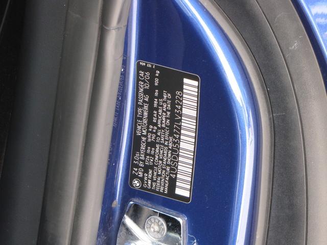 2007 BMW Z4 3.0si COUPE Jacksonville , FL 26