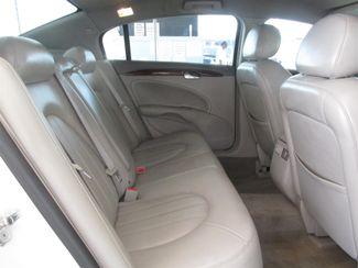 2007 Buick Lucerne V6 CXL Gardena, California 11
