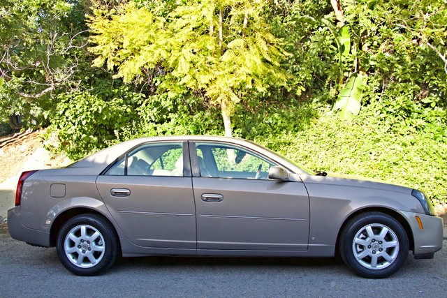 2007 Cadillac CTS AUTOMATIC ONLY 90K MLS SERVICE RECORDS AVAILABLEAVAILABLE Woodland Hills, CA 31