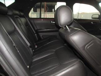 2007 Cadillac DTS Professional Gardena, California 11