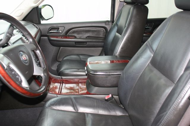 2007 Cadillac Escalade ESV AWD Houston, Texas 15