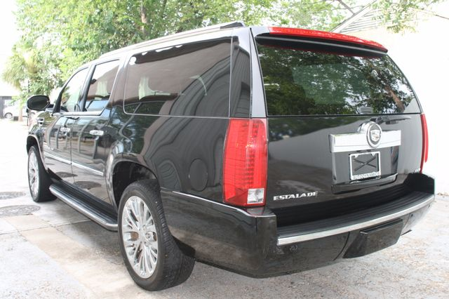 2007 Cadillac Escalade ESV AWD Houston, Texas 5