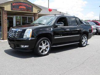 2007 Cadillac Escalade EXT AWD 4dr | Mooresville, NC | Mooresville Motor Company in Mooresville NC