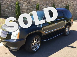 2007 Cadillac-2 Owner!! 27 Service Records!! Escalade-BUY HERE PAY HERE!! BaseCARMARTSOUTH.COM Knoxville, Tennessee