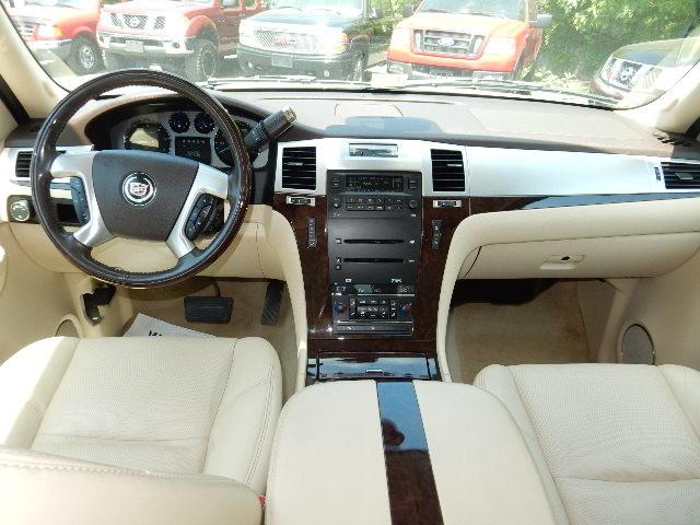 2007 Cadillac Escalade AWD 3RD ROW SEAT Leesburg, Virginia 14