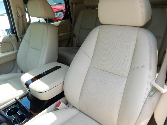 2007 Cadillac Escalade AWD 3RD ROW SEAT Leesburg, Virginia 17