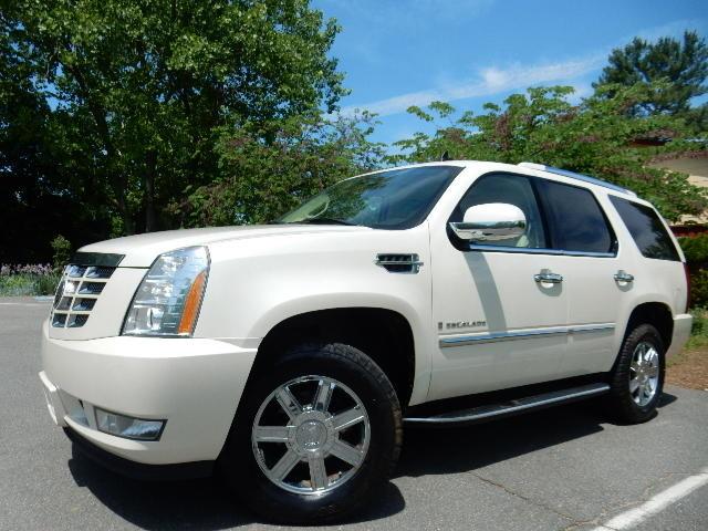 2007 Cadillac Escalade AWD 3RD ROW SEAT Leesburg, Virginia 0