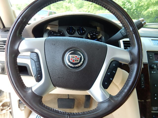 2007 Cadillac Escalade AWD 3RD ROW SEAT Leesburg, Virginia 20