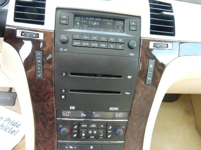 2007 Cadillac Escalade AWD 3RD ROW SEAT Leesburg, Virginia 26