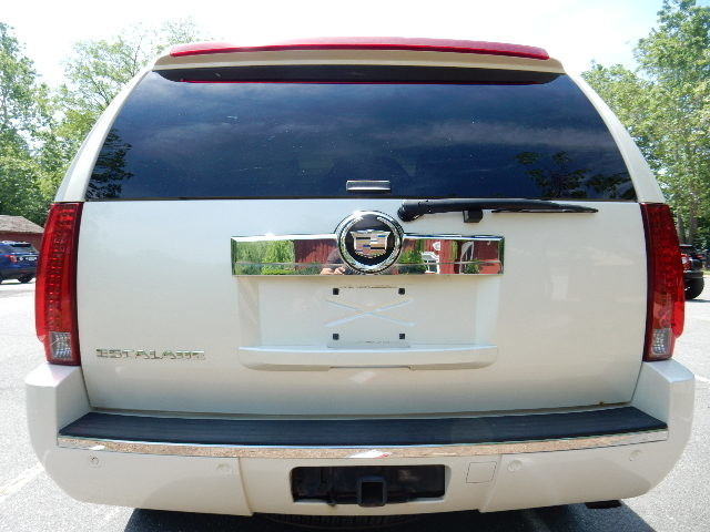 2007 Cadillac Escalade AWD 3RD ROW SEAT Leesburg, Virginia 7