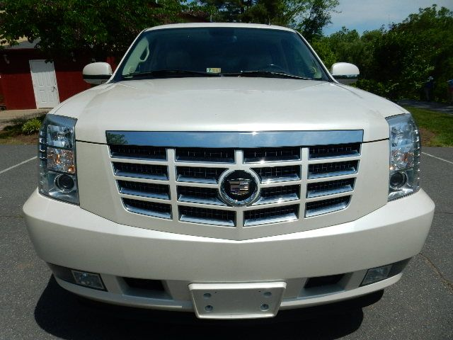 2007 Cadillac Escalade AWD 3RD ROW SEAT Leesburg, Virginia 6