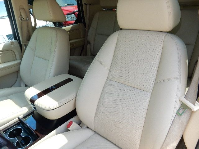 2007 Cadillac Escalade AWD 3RD ROW SEAT Leesburg, Virginia 17