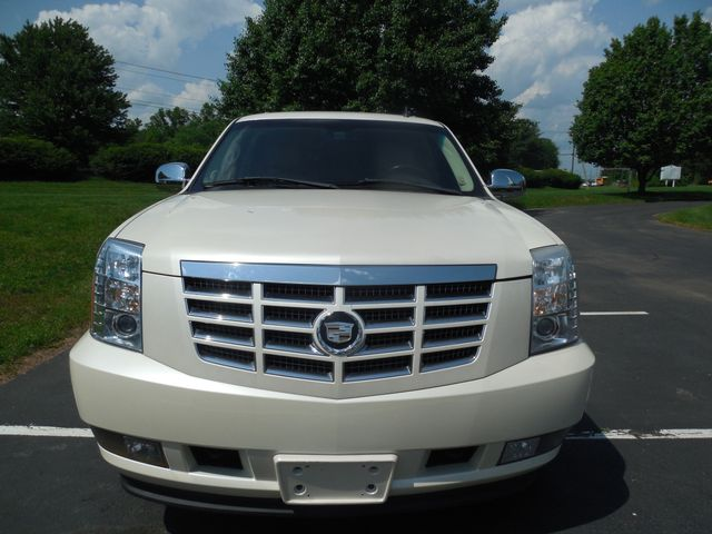 2007 Cadillac Escalade LUXURY Leesburg, Virginia 6