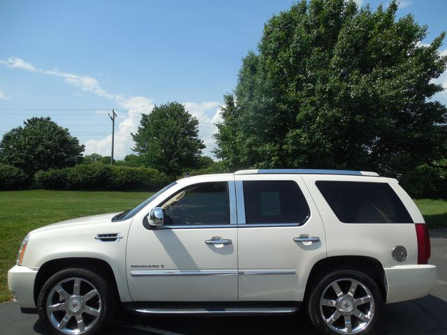 2007 Cadillac Escalade LUXURY Leesburg, Virginia 5