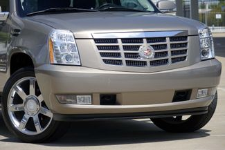 "2007 Cadillac Escalade AWD * 22"" Chromes * SUNROOF * Quads * CAMERA *Bose Plano, Texas 22"