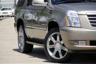 "2007 Cadillac Escalade AWD * 22"" Chromes * SUNROOF * Quads * CAMERA *Bose Plano, Texas 24"