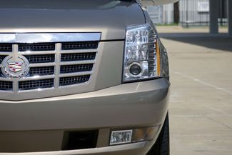 "2007 Cadillac Escalade AWD * 22"" Chromes * SUNROOF * Quads * CAMERA *Bose Plano, Texas 35"