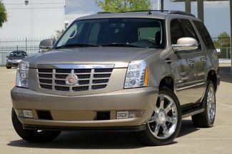 "2007 Cadillac Escalade AWD * 22"" Chromes * SUNROOF * Quads * CAMERA *Bose Plano, Texas 1"