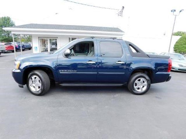 2007 Chevrolet Avalanche LTZ Ephrata, PA 6