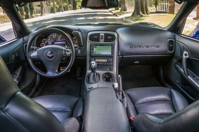 2007 Chevrolet Corvette  Z51 - AUTO - NAVI - 38K MILES - ROOF PKG Reseda, CA 17