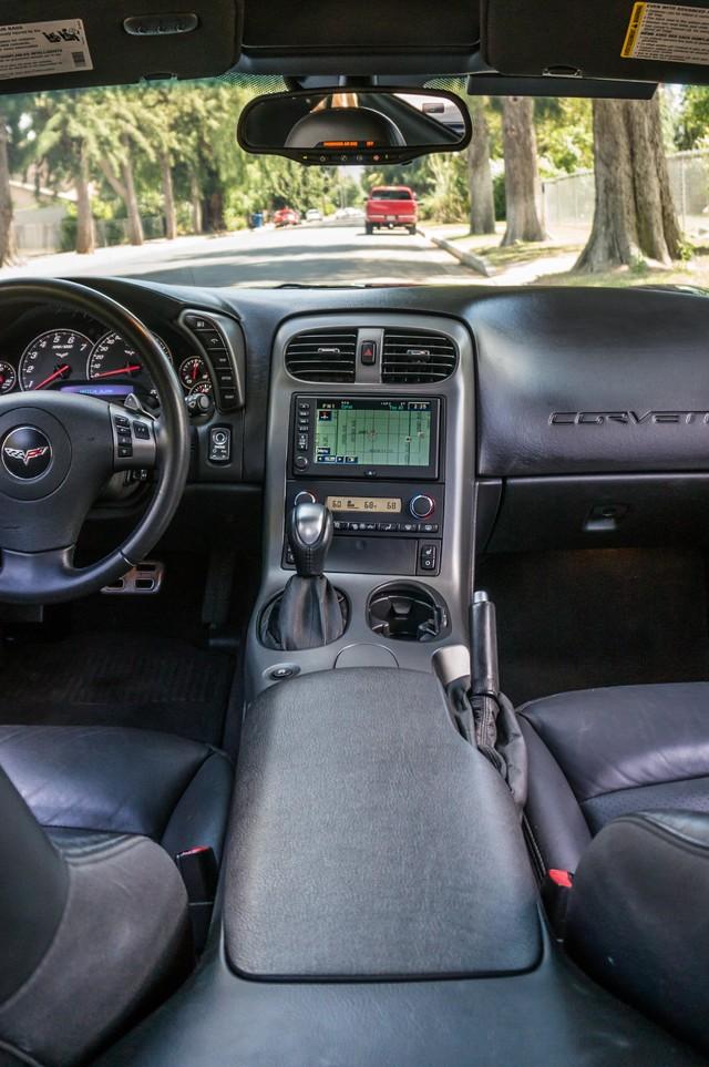 2007 Chevrolet Corvette  Z51 - AUTO - NAVI - 38K MILES - ROOF PKG Reseda, CA 22