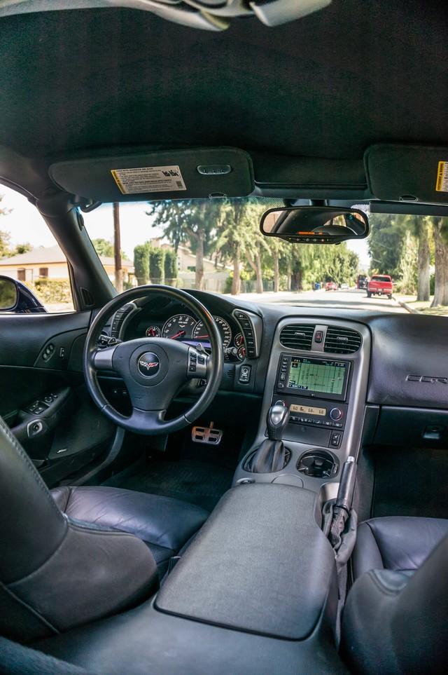 2007 Chevrolet Corvette  Z51 - AUTO - NAVI - 38K MILES - ROOF PKG Reseda, CA 19