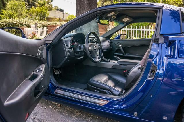 2007 Chevrolet Corvette  Z51 - AUTO - NAVI - 38K MILES - ROOF PKG Reseda, CA 13