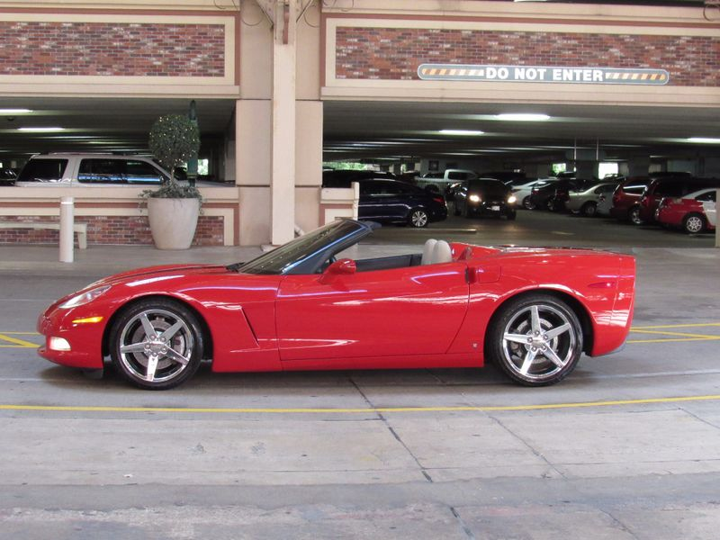 2007 Chevrolet Corvette C6 6 Speed  St Charles Missouri  Schroeder Motors  in St. Charles, Missouri