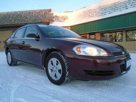 2007 Chevrolet Impala 3.5L LT in Dickinson, ND
