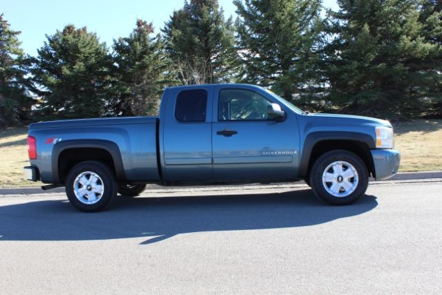 2007 Chevrolet Silverado 1500 LT w2LT  city MT  Bleskin Motor Company   in Great Falls, MT