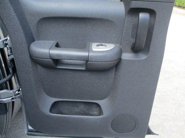 2007 Chevrolet Silverado 1500 LT w/1LT with leather & nice. Plano, Texas 13