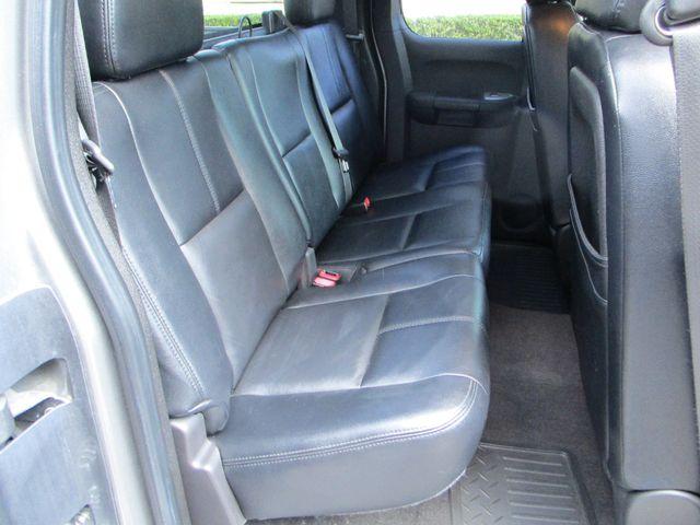 2007 Chevrolet Silverado 1500 LT w/1LT with leather & nice. Plano, Texas 17