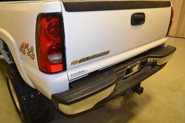 2007 Chevrolet Silverado 2500HD Classic LT1 Roscoe, Illinois 9