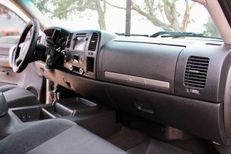 2007 Chevrolet Silverado 2500 HD LT Crew Cab 4X4 Z71 6.6L Duramax Diesel Allison Auto LIFTED LOADED Sealy, Texas 43