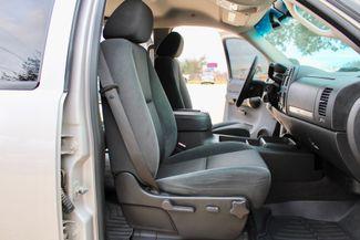 2007 Chevrolet Silverado 2500 HD LT Crew Cab 4X4 Z71 6.6L Duramax Diesel Allison Auto LIFTED LOADED Sealy, Texas 44