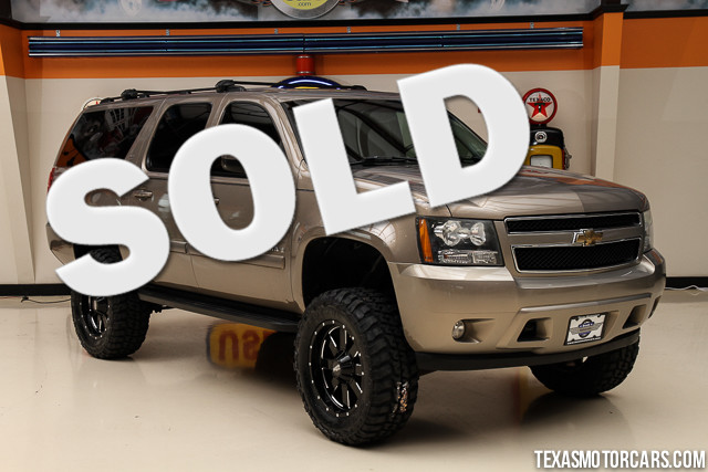 2007 Chevrolet Suburban 4x4 LT Financing is available with rates as low as 29 wac Get pre-app
