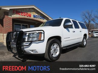 2007 Chevrolet Suburban LT Z71 2wd | Abilene, Texas | Freedom Motors  in Abilene,Tx Texas