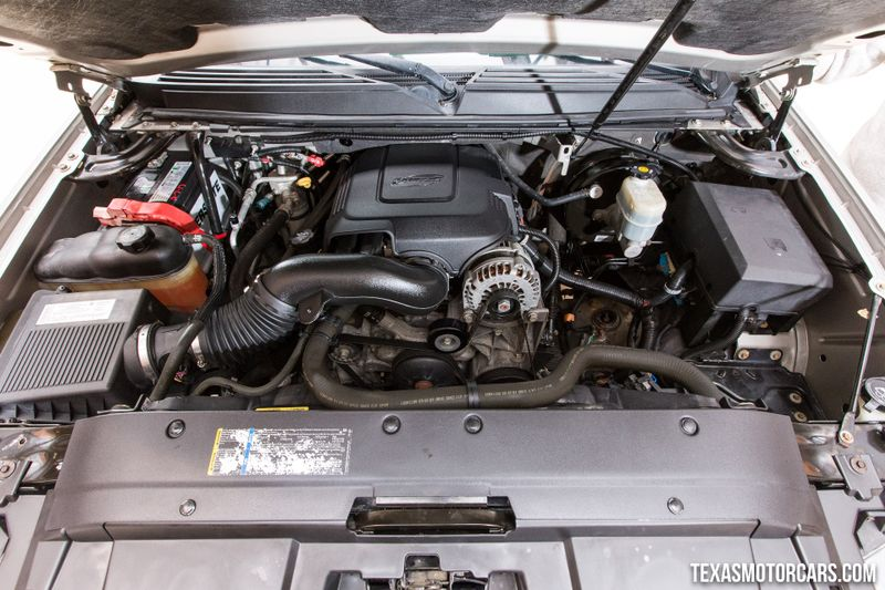 2007 Chevrolet Suburban LT  in Addison, Texas