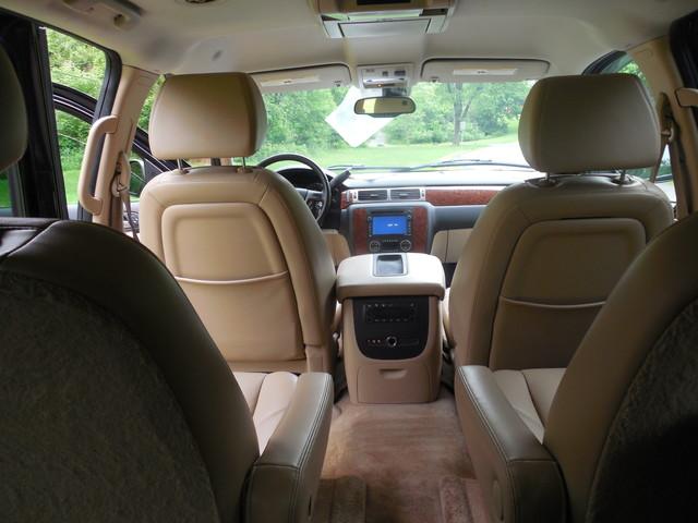 2007 Chevrolet Suburban LTZ Leesburg, Virginia 12