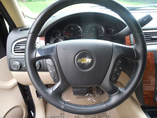 2007 Chevrolet Suburban LTZ Leesburg, Virginia 15