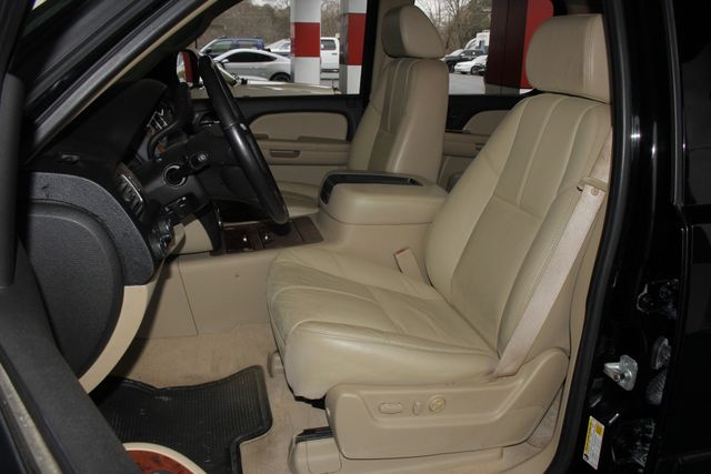 2007 Chevrolet Suburban LTZ 4X4 - NAV - REAR DVD - SUNROOF! Mooresville , NC 9