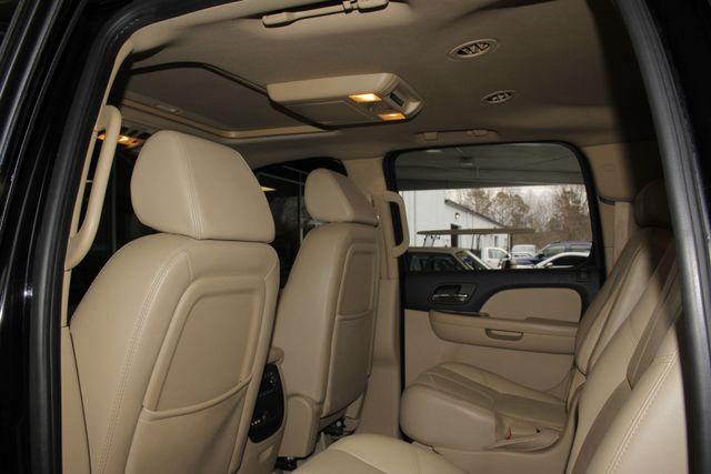 2007 Chevrolet Suburban LTZ 4X4 - NAV - REAR DVD - SUNROOF! Mooresville , NC 37