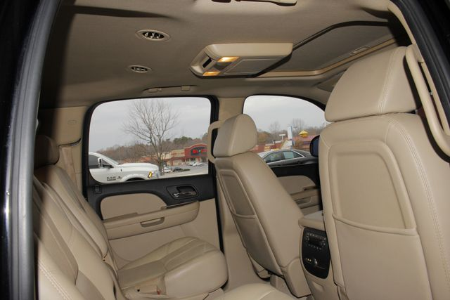 2007 Chevrolet Suburban LTZ 4X4 - NAV - REAR DVD - SUNROOF! Mooresville , NC 38