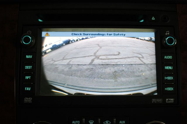 2007 Chevrolet Suburban LTZ 4X4 - NAV - REAR DVD - SUNROOF! Mooresville , NC 31