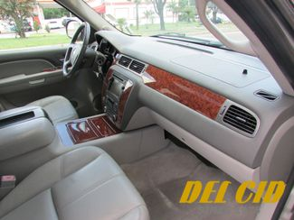 2007 Chevrolet Suburban LTZ, 1-Owner! Fully Loaded! Very Clean! New Orleans, Louisiana 27