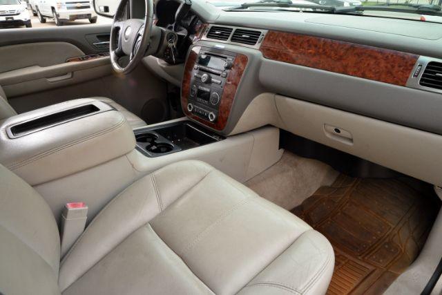 2007 Chevrolet Suburban LT San Antonio , Texas 10